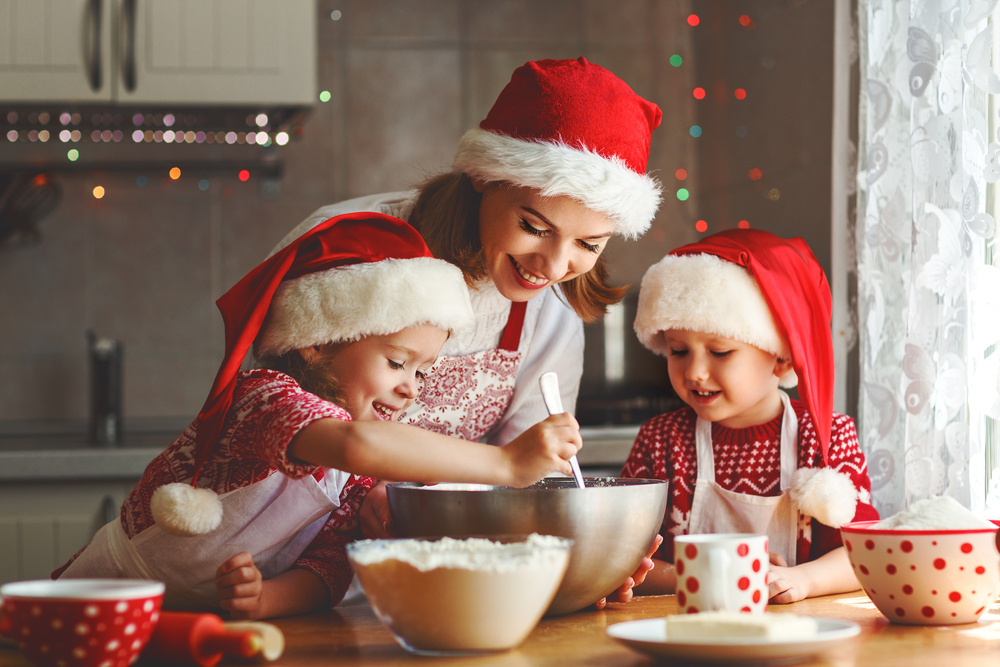 5 fun christmas activities to do with your family during the